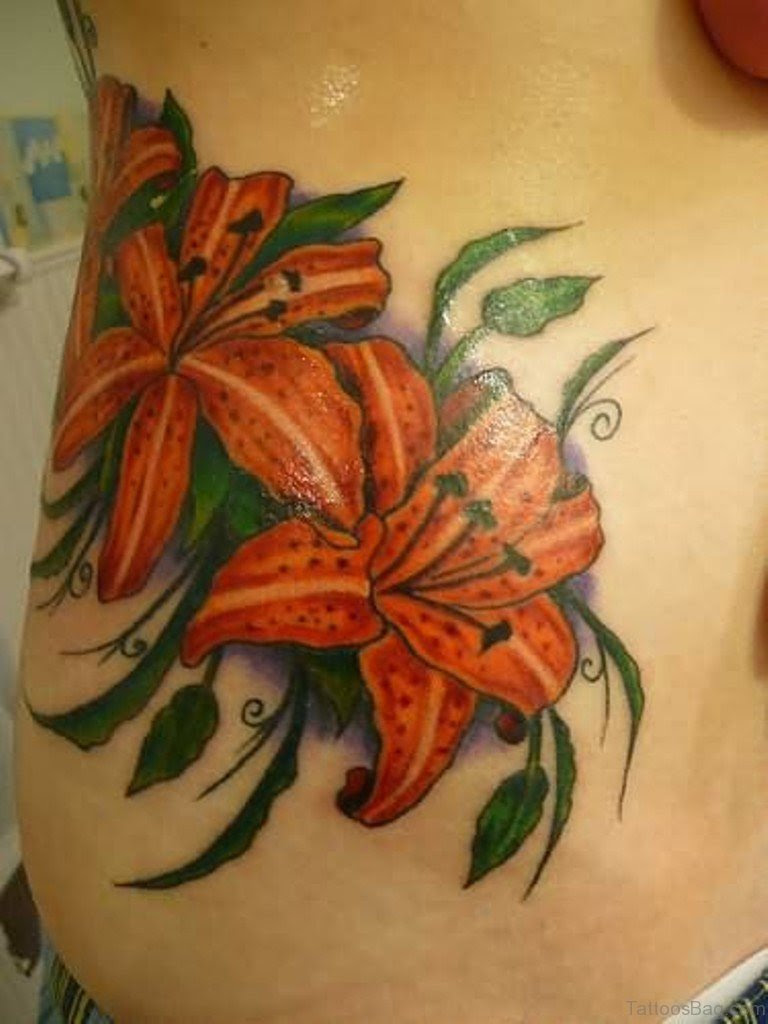 50 Beauteous Flowers Tattoos For Waist