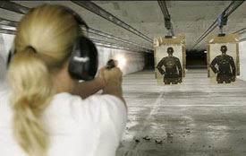 01_woman-shooting-at-the-ra
