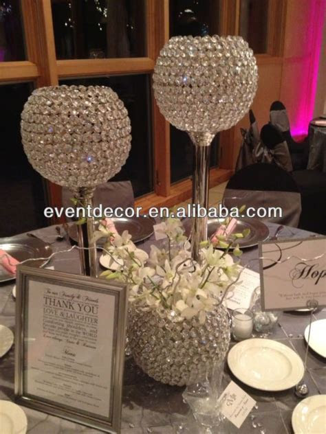 Best 25  Crystal centerpieces ideas on Pinterest   Bling