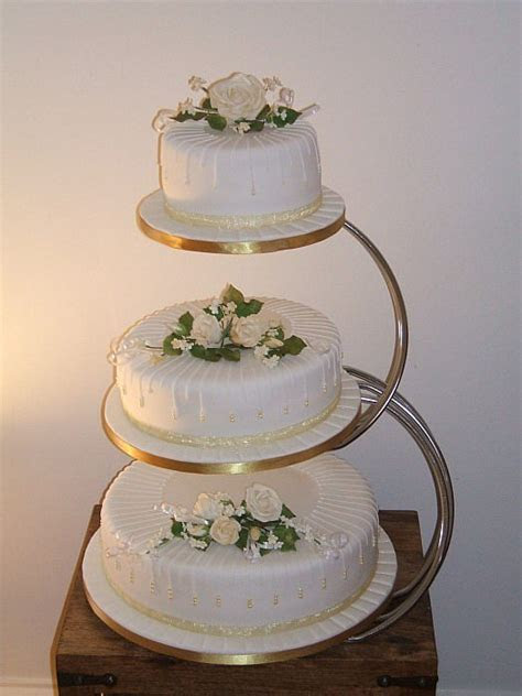 wedding cakes best 2016: 3 Tier Wedding Cakes in Cute Design
