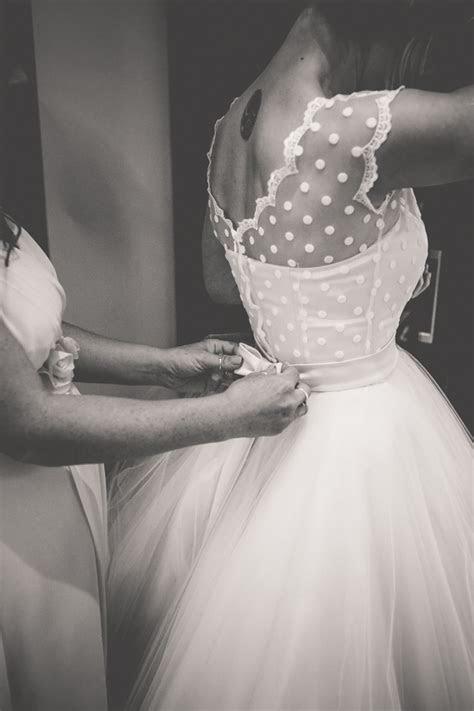 17 Super Sweet Tea Length Wedding Dresses for a Retro