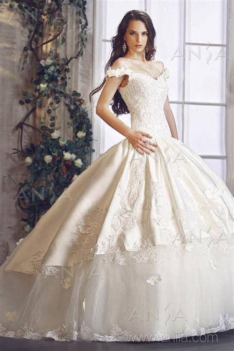 White and Gold Wedding Gown. Off the Shoulder, Sweetheart