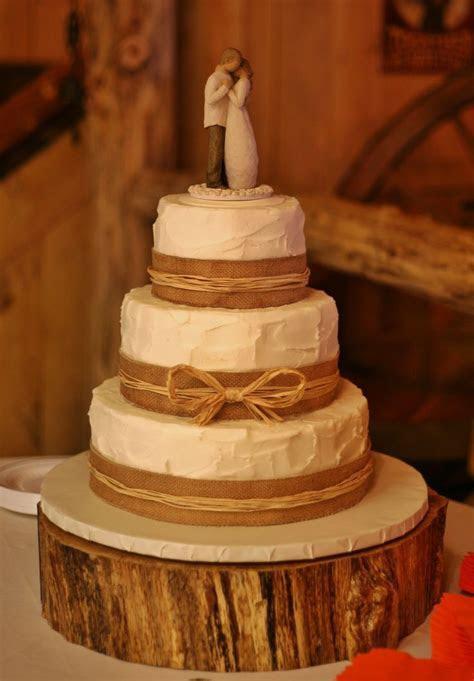 Best 25  Ribbon Wedding Cakes ideas on Pinterest   Ribbon