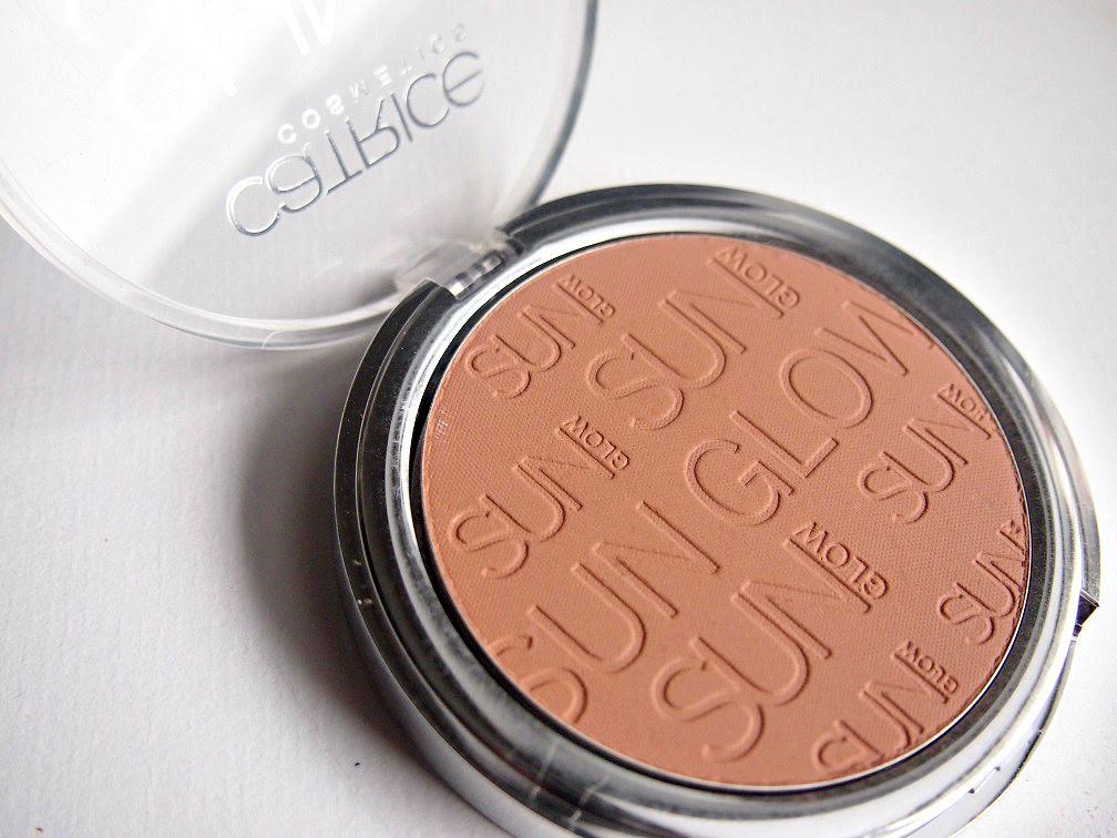 sun glow matt bronzing powder von Catrice