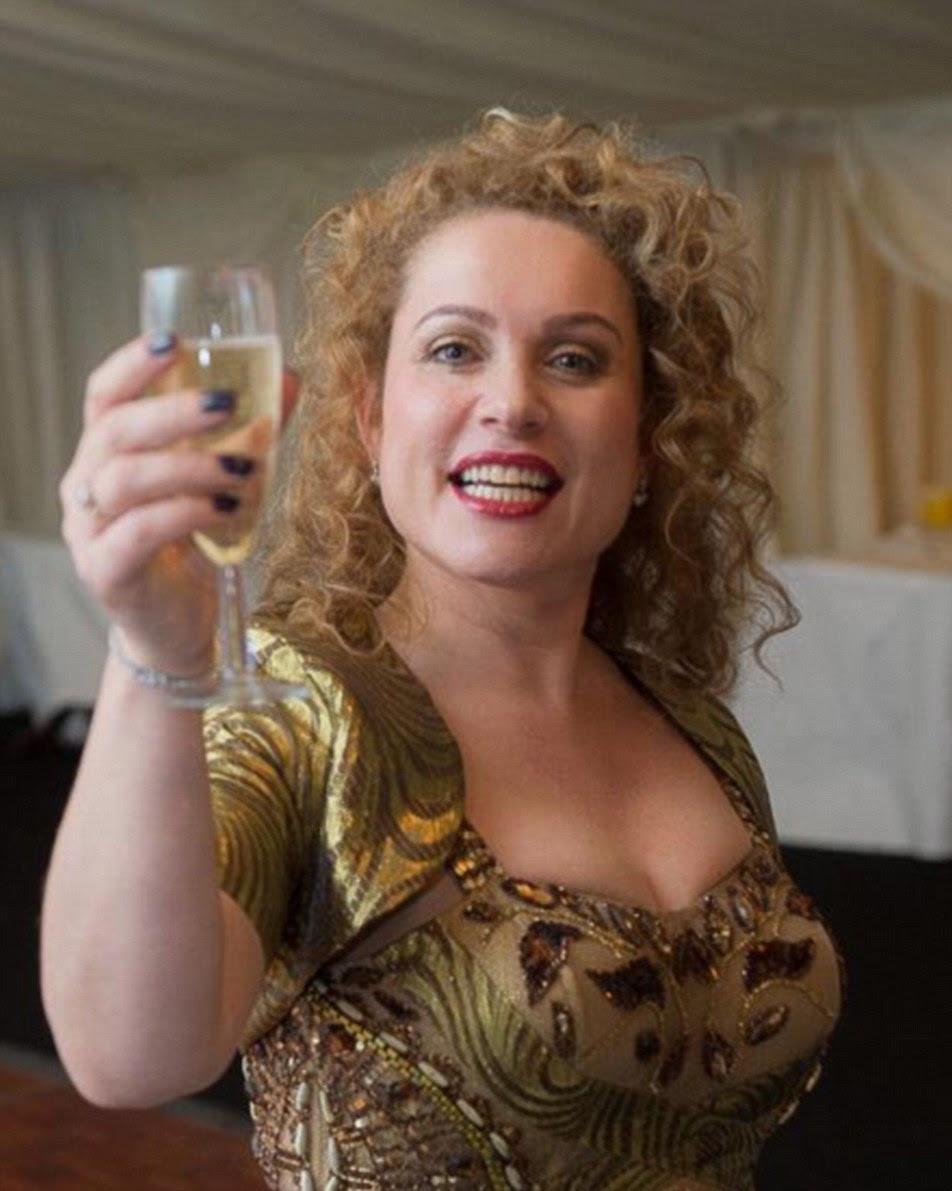 turista britânico Lucy Nesbitt-Comaskey disse que o ataque agradável terror 'mimado' sua viagem de compras