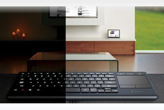 Logitech K830, teclado iluminado para uso en la sala de estar