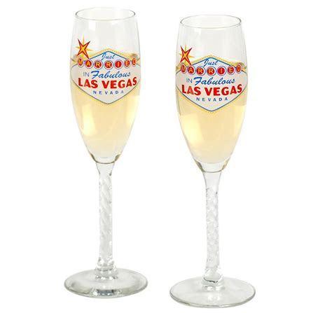 Las Vegas Toasting Glasses   Las Vegas Wedding Glasses