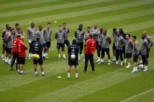 Франция готовится к игре с Боснией