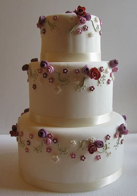 1000  images about Plum colored Wedding CAKES! on