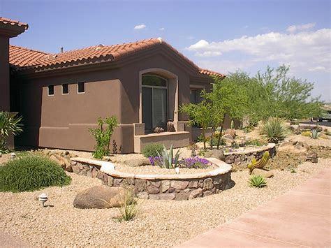desert landscaping ideas    backyard