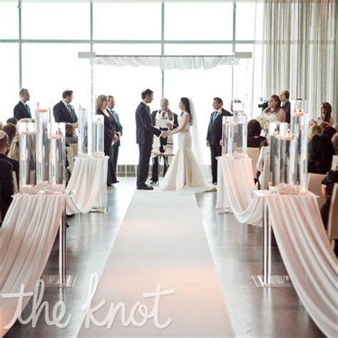 31 Days of Weddings Day 5: All White, Chic Modern Wedding