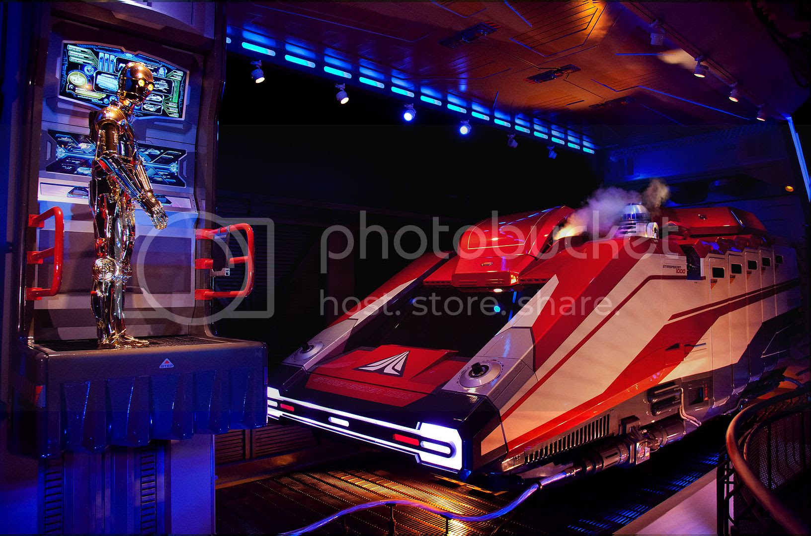 Disney Released A Selection Of Gorgeous Star Tours 2 High Res Pictures Lets Begin By The One Showing Decor Starspeeder Room Captain Rex And