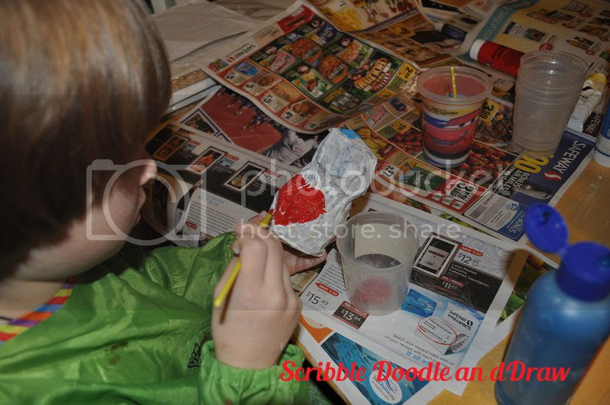 kids crafts-paper mache love birds-paint red heart