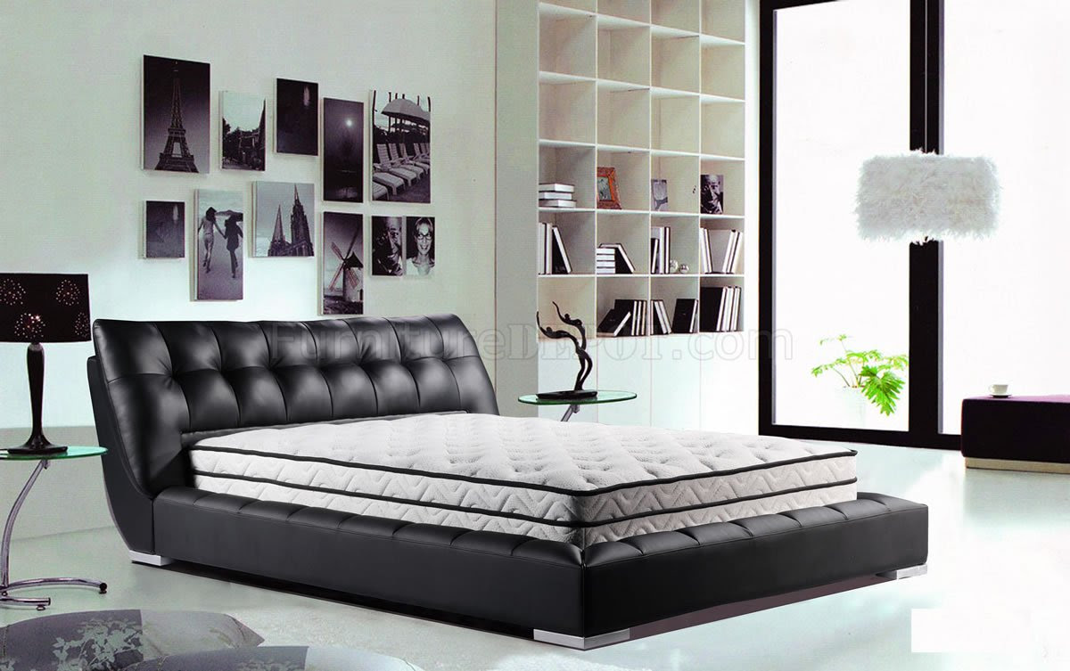 Black Tufted Leatherette Modern Bed w/Optional Nightstands