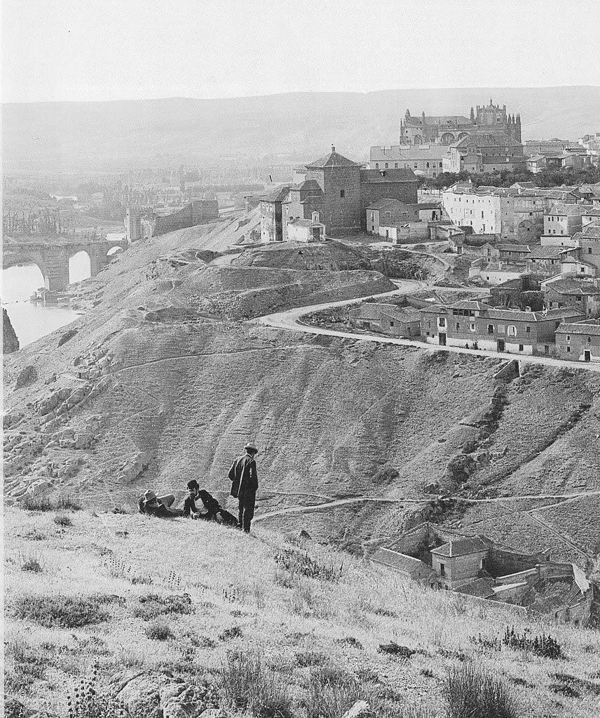 Vista de Toledo hacia 1900. Foto J. Lacoste. Archivo Ruiz Vernacci
