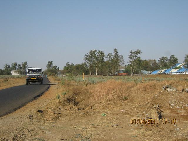 View of the road to Dajikaka Gadgil Developers' Anant Srishti, near Supreme Industries at Kanhe, near Talegaon, Pune