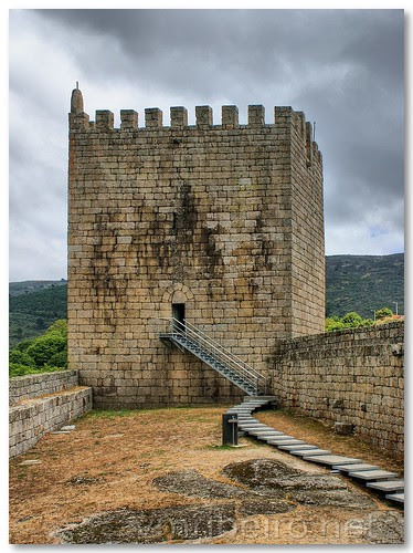 Castelo de Linhares by VRfoto