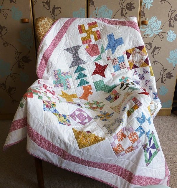 Bee Blessed sampler quilt