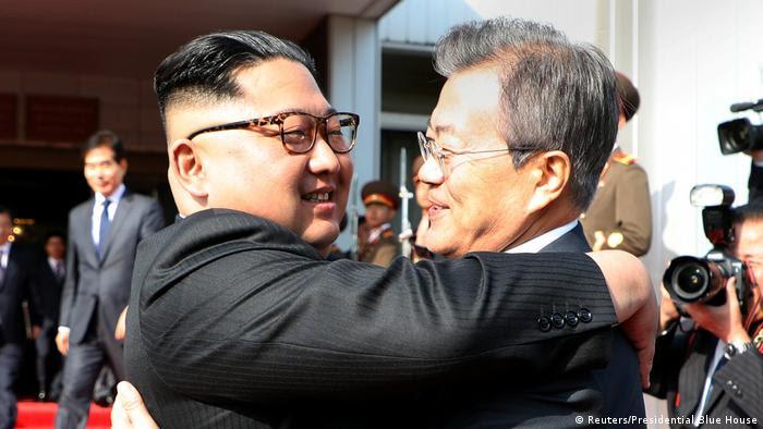 Treffen Regierungschefs Süd- und Nordkorea (Reuters/Presidential Blue House)