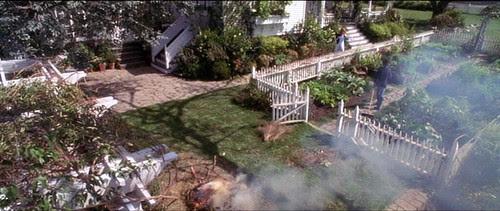practicalmagic_garden_end_smoke