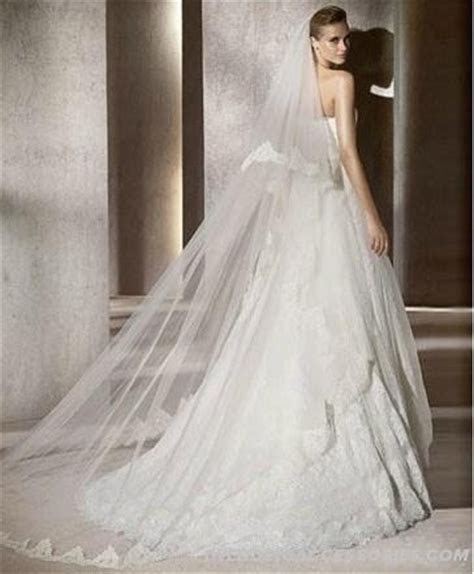 1000  images about Long wedding veils on Pinterest