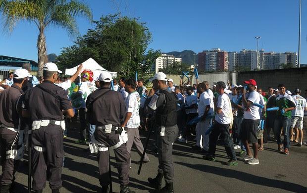 Final NBB Flamengo e uberlândia policia (Foto: Gabriel Fricke)