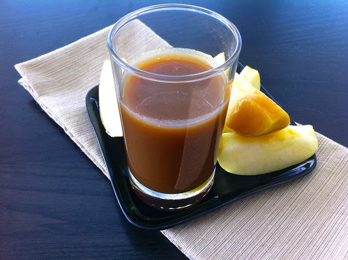 Foolproof Homemade Caramel Sauce, with Apples