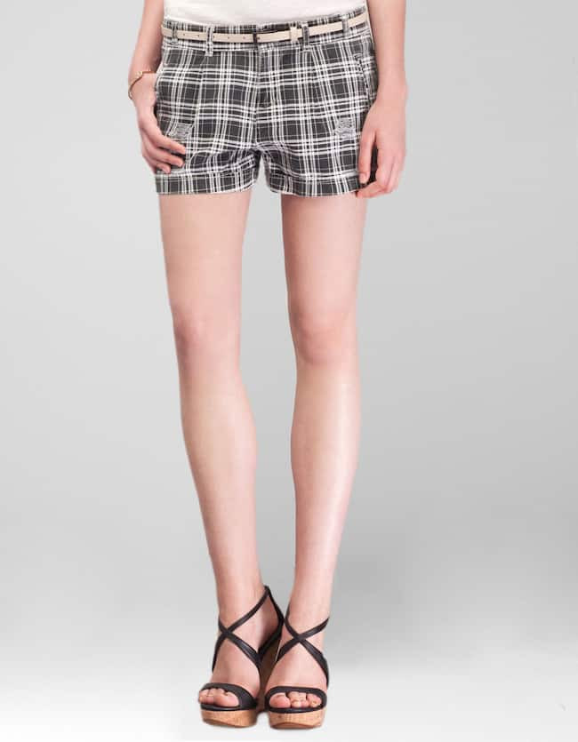 Check print shorts with belt