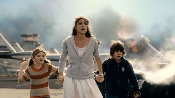 Amanda Peet and the rest of John Cusack's onscreen family in '2012'.