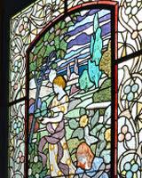 Detall del vitrall de la Maternitat d'Elna