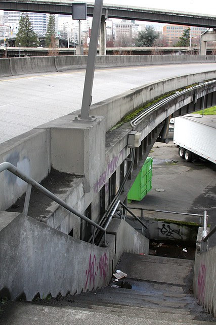 underpass, morrison bridge