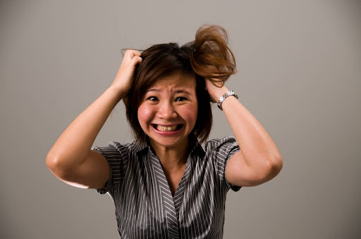 Like to pull or tug at your hair? Recognize Trichotillomania Psychological Disorders