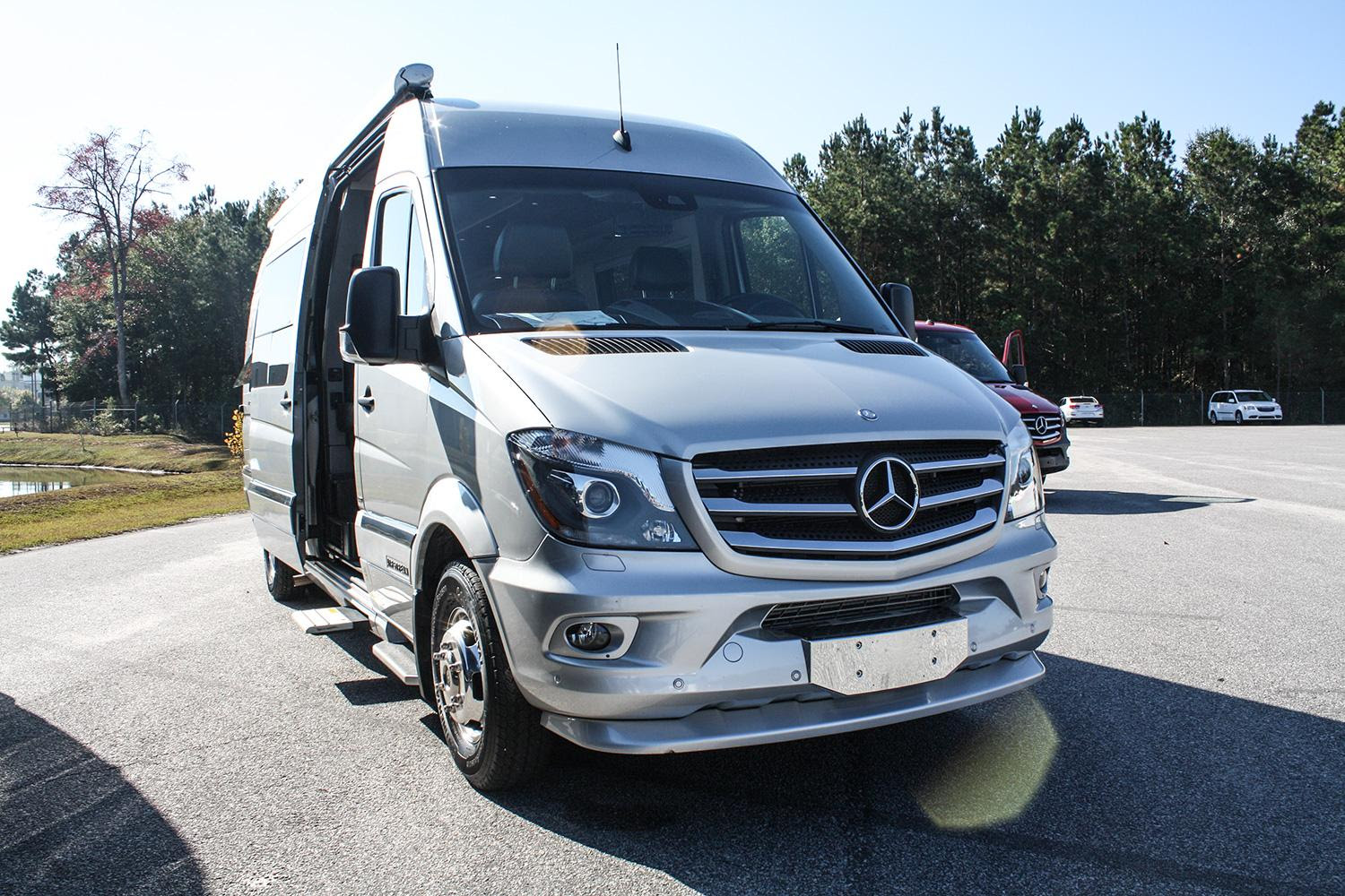 Mercedes-Benz Sprinters sold in the US to be made in the ...