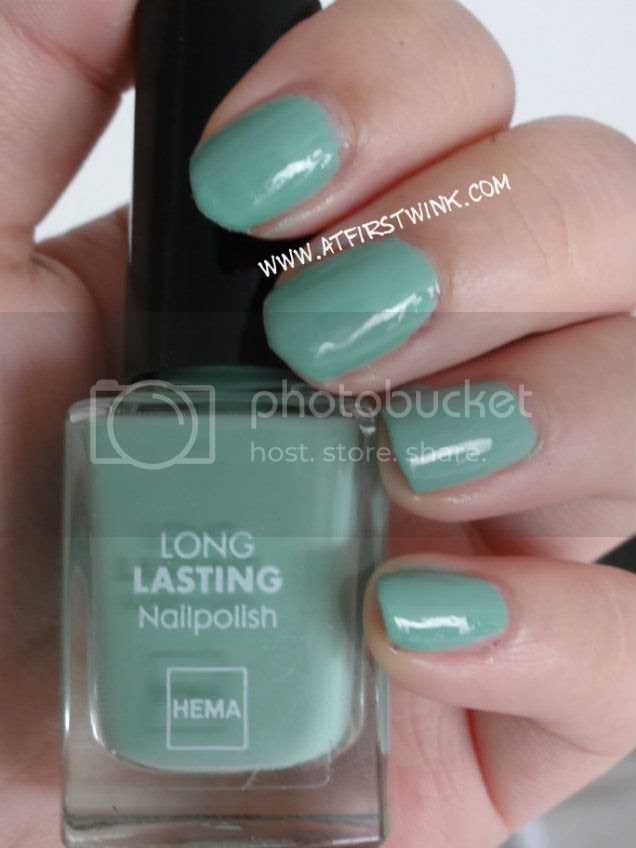 HEMA nail polish #843 Dark sea foam