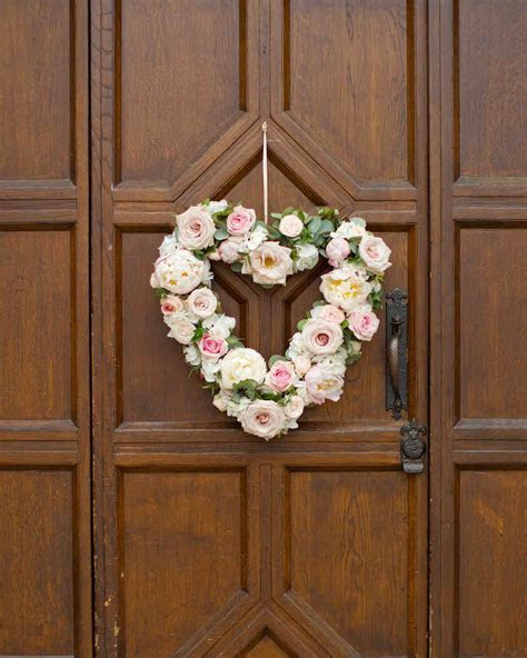 Heart Shaped Wedding Ideas for the Romantic in You