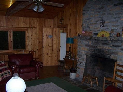 1950s Cabin near Dahlonega   Affordable Weddings and