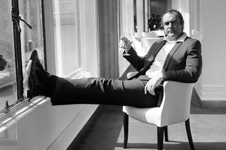 TREND ESSENCE:James Bond Actors Say Sean Connery 'Defined an Era and a Style'