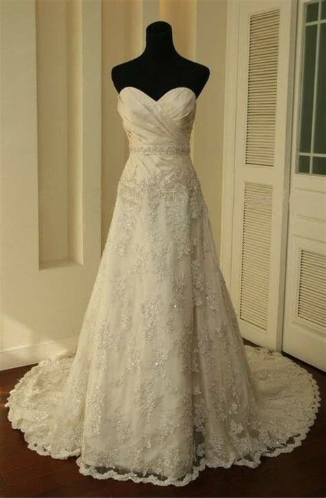 vintage whiteivory lace train bridal gown wedding party