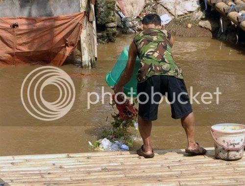 Belajar Kurikulum 2013 Membuang Sampah Di Sungai Contoh Hidup Yang Tidak Selaras Dengan Alam
