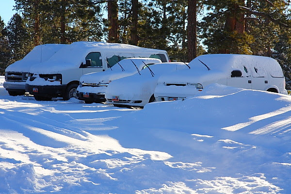 IMG_5421 Snow-Covered Vehicles, Bryce Canyon National Park