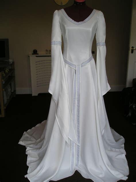Items in Ye old medieval wedding dress shop shop on eBay.
