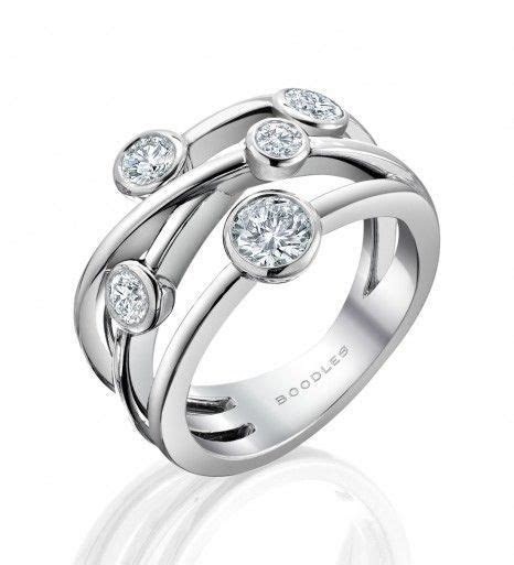 Raindance Classic Anniversary Ring diamond, emerald, and