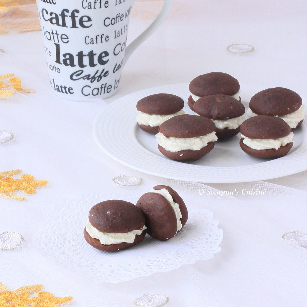 Daring Bakers Chocolate Whoopie Pie Recipe