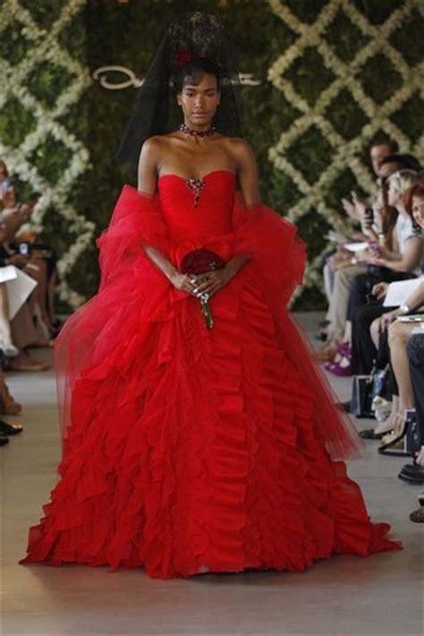 RUNWAY REPORT ..NYC Bridal Fashion Week Spring 2013