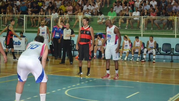 Marcelinho foi o cestinha da vitória do Flamengo sobre o Espírito Santo nbb (Foto: Sidney Magno Novo/Globoesporte.com)