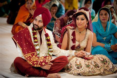 How Does A Sikh Wedding Take Place? Some Rituals That