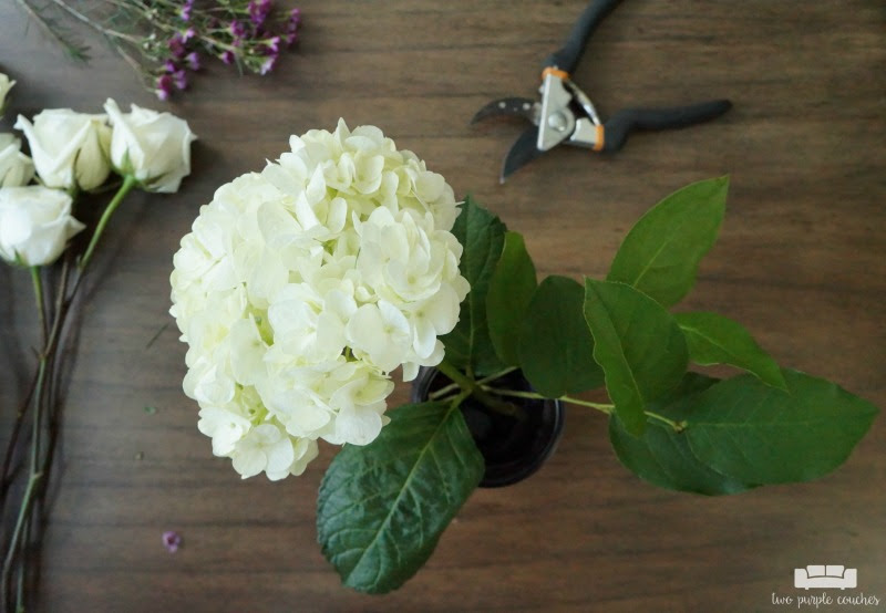 Diy Mason Jar Flower Arrangement With Kroger Roses Two Purple Couches