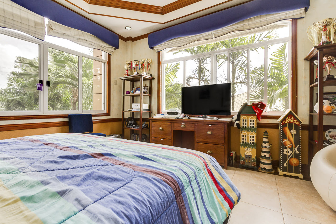 4 Bedroom House for Rent in North Town Homes - Cebu Grand ...