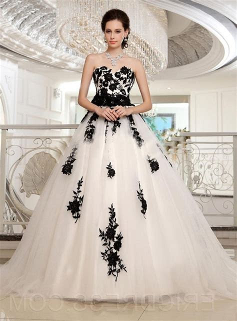 Best 25  Black and white plus size dresses ideas on