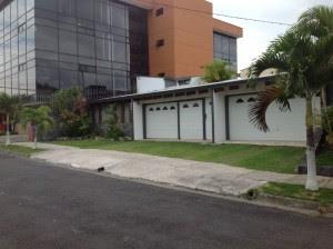 OIJ cuenta con videos del momento del asalto en la casa de la diputada en La Uruca. CRH